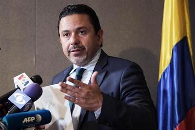 Renuncia el alto comisionado para la Paz de Colombia