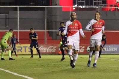 River Plate vence a Nacional y se festejar en Tuyucuá