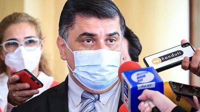 Ministros de  Salud y Educación están en la mira de los diputados