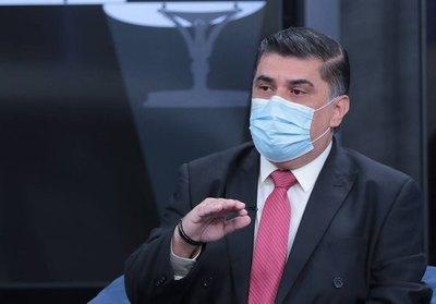 Crónica / Julio Borda anunció precontrato para un millón de vacunas