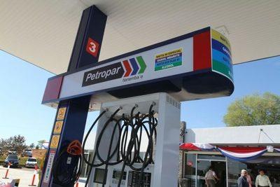 Petropar proveerá combustible a transportistas para mantener tarifa del pasaje