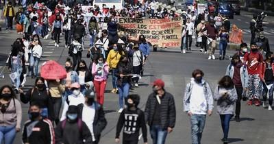 La Nación / México: estudiantes rechazan regreso a clases sin estar vacunados