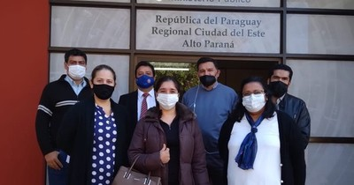 La Nación / Denuncian al intendente Prieto ante Fiscalía por lesión de confianza