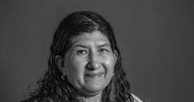 La Nación / Marca País presentó a Julia Isidrez como su primera embajadora de arte