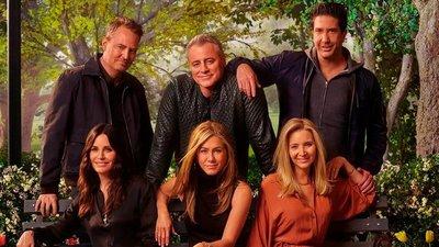 """Cómo lograron las estrellas de """"Friends"""" ganar un millón de dólares por episodio y la fortuna que cobrará cada uno por su esperado reencuentro de una hora"""