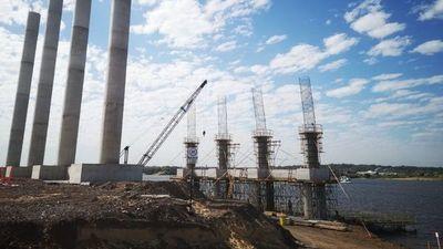 Preparan bases para los pilotes del puente Chaco'i