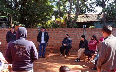 Herminio Corvalán escucha a los vecinos del barrio San Alfredo – Diario TNPRESS
