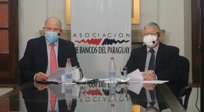 Banqueros apoyan versión Diputados para regular operaciones on line