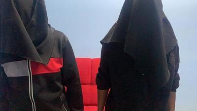 Caen dos hombres con órdenes de captura en control policial