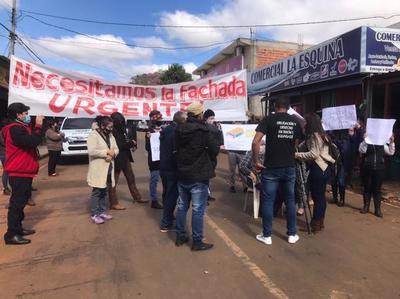 Se reunirán con Prieto para exigir que se reanuden obras en mercado zonal