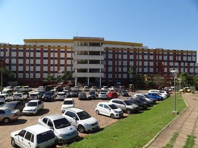 Piden que Hospital de Clínicas sea declarado insalubre