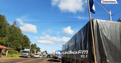Camioneros levantan paro y logran mejor precio para el flete de granos