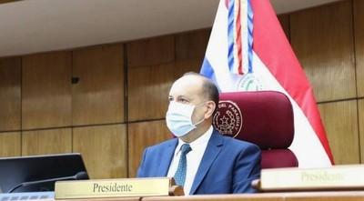 Salomón negocia con el Frente Guasu su reelección en el Senado