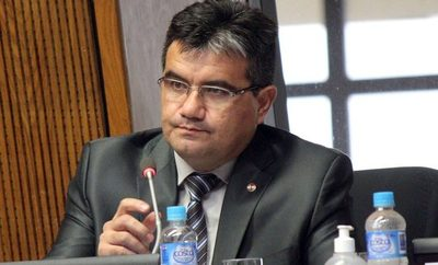 Diputado Édgar Acosta repudia actitud evasiva de Itaipú