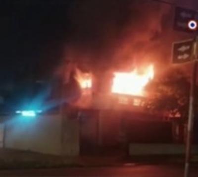 La casa de la popular Ña Tora ardió en llamas