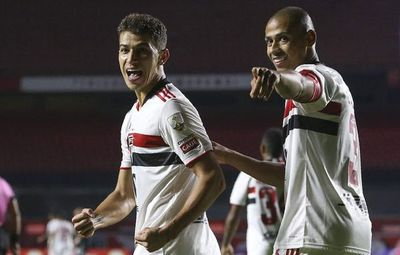 Sao Paulo cumple ante Cristal, que se conformará con la Sudamericana