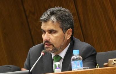 Congresista expone su pesar ante la falta de transparencia de Itaipú
