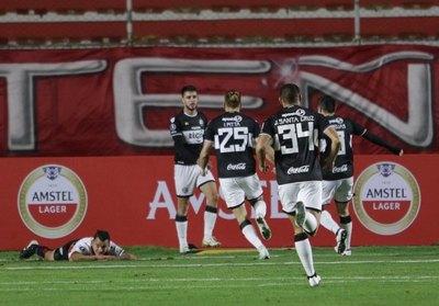 Olimpia busca le milagro en la Copa Libertadores