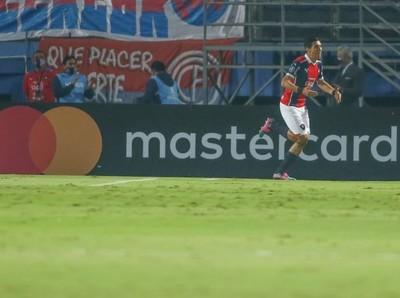 Cerro Porteño cumplió y se metió a octavos de la Libertadores