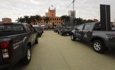 Itaipu entrega 20 camionetas para fortalecer la vacunación en casa