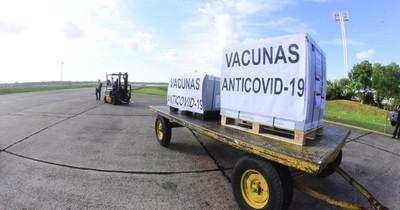 La Nación / Covax: Paraguay solo pagó prima y adeuda US$ 35 millones a AstraZeneca