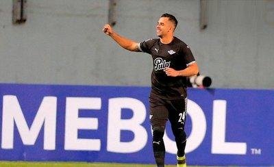 Libertad gana y clasifica en la Sudamericana