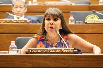 Parlamentaria paraguaya Celeste Amarilla trata a Estados Unidos de discriminadores pese a recibir dosis contra el Covid en ese p