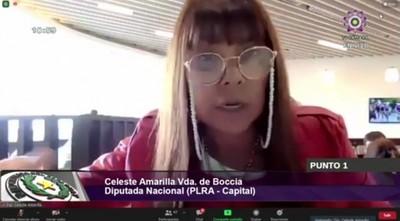 Celeste Amarilla queda varada en Panamá tras vacunarse en EEUU