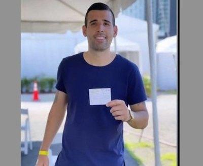 Crónica / [VIDEO] Camarasa se vacunó en Miami