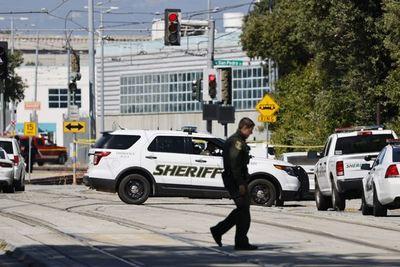 ¡Atroz! Reportan nueve muertos tras tiroteo en California