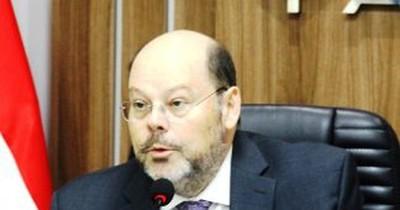 La Nación / Club de ovejeros: rosca delictiva se encargó de que Luis Fretes siga en el poder, denuncian