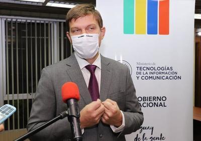 Mitic redoblará esfuerzos para mejorar política de comunicacional del Gobierno