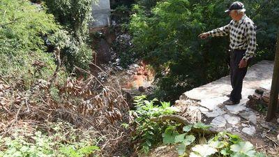 Peligrosa espera: Obras en áreas de  desmoronamientos no arrancan