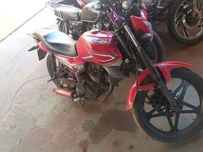 Fue a denunciar el robo de su moto, pero quedó preso por supuesto asalto
