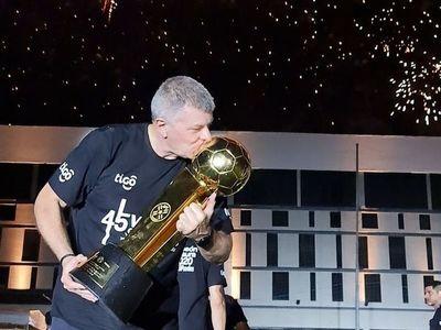 """""""Gracias a los jugadores por este tremendo partido"""""""