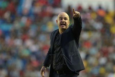 Fernando Jubero, muy cerca de volver al club donde debutó como DT