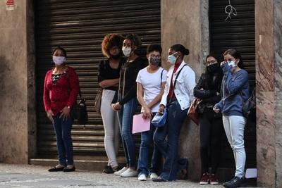 La tasa de desempleo en Brasil llega a 14,7 %, el nivel más alto desde 2012