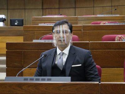 Silvio Ovelar admite desintegración de la bancada de Añetete en el Senado · Radio Monumental 1080 AM