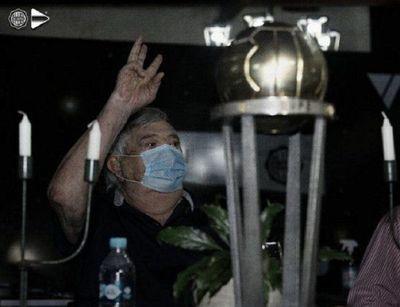 Osvaldo Domínguez Dibb: 'Me hace acordar al Olimpia de mi época'