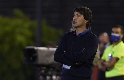 Garnero elogia a dos jugadores y destaca las claves de su éxito en Paraguay