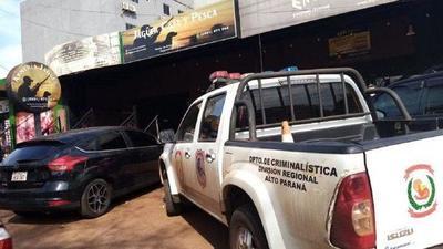 Roban alrededor de 30 pistolas de una armería en Ciudad del Este – Prensa 5
