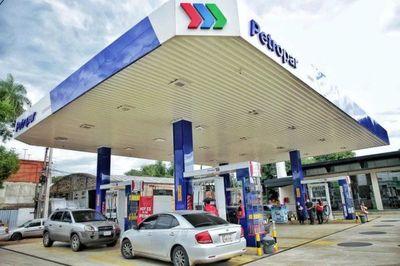 Petropar anuncia suba de precios de combustible desde este sábado