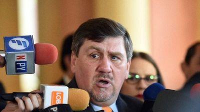 Llano acusa a NDF de despilfarrar los fondos sociales