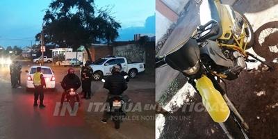 BARRERA POLICÍAL Y RECUPERACIÓN DE MOTOCICLETA