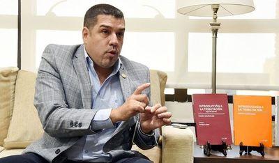 """Itaipú: Director financiero considera que """"se hace novela"""" por exigir datos y cuestionar secretismo"""