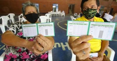 La Nación / Cuestionan falta de campaña masiva de vacunación anti-COVID de Salud Pública