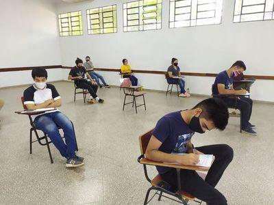 Examen para becas Itaipú-BECAL se realiza mañana en seis ciudades del país