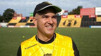Hugo Velázquez confirma a Jubero como nuevo DT de Guaraní