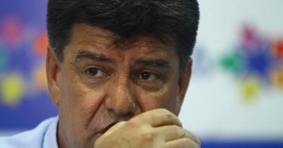 La Nación / Alegre quiso sacar rédito del informe fraudulento, pero quedó en ridículo