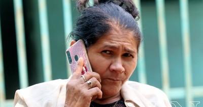 La Nación / Abdo promulgó pensión graciable para Obdulia Florenciano, madre de Edelio